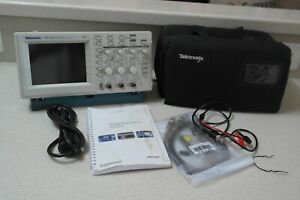 Tektronix Tds220 100mhz 2ch Digital Real Time Oscilloscope With Modules Tds2cm