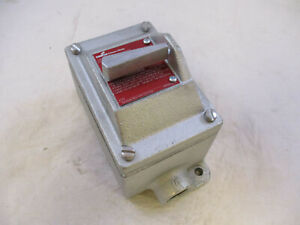 Crouse Hinds Edsc2129 Explosion Proof Single Pole 20 Amp Snap Switch