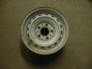 73 87 Chevy gmc Truck Suv 15 x 6 5 rally Wheel 5 Lug Steel Rim Oem