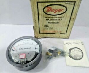 Dwyer 2010 Magnehelic Differential Pressure Gage 2pc Lot