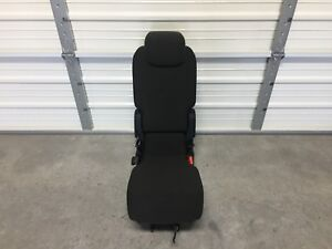 2017 2018 2019 Chrysler Pacifica 2nd Second Row Middle Jump Seat Black Cloth