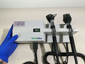 Welch Allyn 767 Diagnostic System With 25020 Otoscope And 11710 Ophthalmoscope