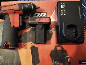 Snap On Cordless Impact Wrench 1 4 14 4v Microlithium Ct725a