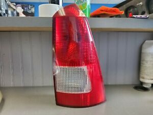 2000 2007 Ford Focus Wagon Passenger Right Taillight Tail Light Oem
