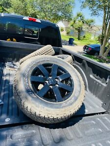 Jeep Wrangler Rubicon Oem 17 Rims And Tires