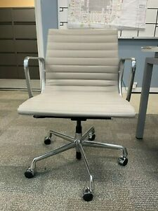 Eames Aluminum Group Chair Light Gray cr me Bulk Or Individuals Available