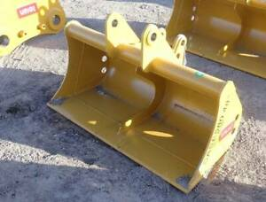 New 48 Case 580 Grading Clean Up Bucket 48 Inches