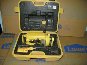 Topcon Dt 209 Optical Digital Theodolite With Carrying Case Dt 200 Series