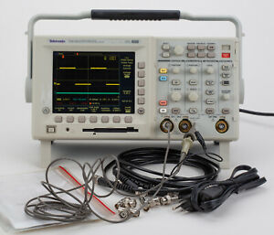 Tektronix Tds3012 With Fft And Communication Modules 100mhz 2 Channel Color