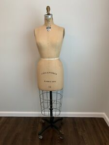 Vintage 1977 Wolf Form Ny Model Dress Size 12 Women Mannequin Amazinng Condition