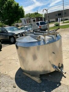 300 Gallon Cherry Burrell Stainless Steel Jacketed And Agitated Mix Tank