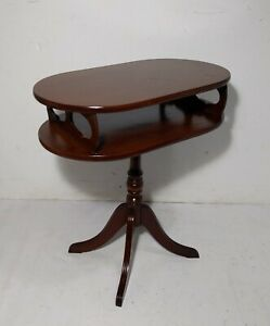 Vintage Mahogany Oval Pedestal 2 Tier Tea Table Duncan Phyfe Chippendale Style