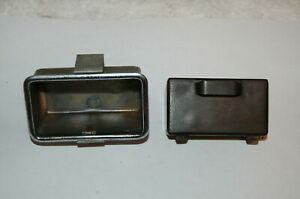 Very Nice Used Triumph Tr4 Center Console Bakelite Ash Tray Assembly Bracket