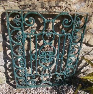 Panel Of Solid Wrought Iron Intricate Scroll Leaf Design French 71x90 Cms