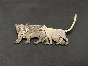 Vintage Navajo Clarence Lee Two Cats Handmade Sterling Silver Brooch Pin $835.00