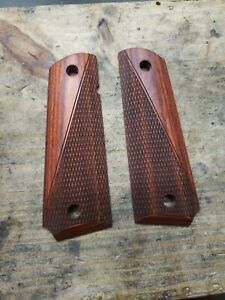 COLT 1911 FULL SIZE ROSEWOOD GRIPS HALF CHECKERED HALF SMOOTH Colt Remington $22.99