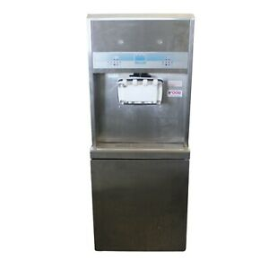 Taylor 8756 Two Flavour Soft Serve Machine 1 Phase 18 Gallon Capacity