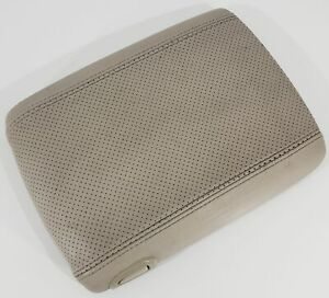 03 06 Escalade And Yukon Denali Center Console Lid Armrest Perforated Gray