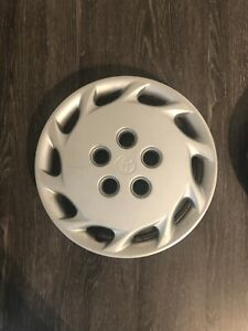 1997 1999 Toyota Camry 14 Wheel Cover Hubcap 42621 Aa030