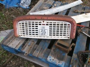 Farmall Ih 460 560 Tractor Front Nose Cone Upper Grill Housing International