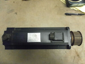 Yaskawa Yasnac Usaged 13as2ke Servo Motor