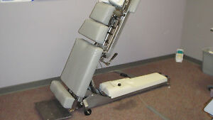 Lloyd Galaxy Hy lo Chiropractic Table Used Consignment