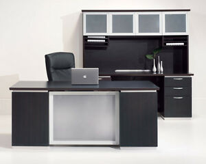 New Pimlico Modern 72 Executive Office Desk With Credenza And Overhead Storage