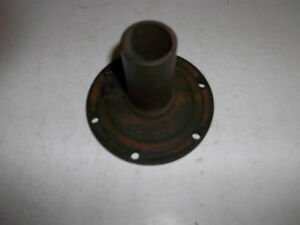 Nos 46 47 Chevrolet Truck 4 Speed Transmission Front Bearing Retainer 591605