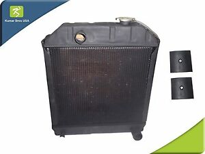 New Ford Tractor c7nn8005h radiator 2000 2600 3000 3600 4000 2 Mounting Pads