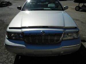 01 02 Lincoln Town Car L Center Pillar 162063