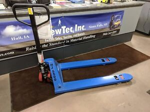 New Pallet Jack 5 500 Pound Capacity