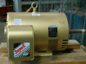 Baldor Super e 30hp Electric Motor 230 460v 3530rpm 68 34amps 3ph 40g056w941g4 M