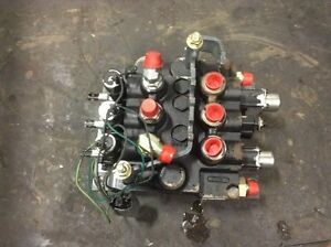 Reduced Mustang 2044 Skid Steer Main Control Valve Body gh17034676