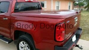 Gmc Canyon Fiberglass Hard Tonneau Bed Covers 2004 2020 Painted Sport Lid Wrap