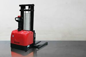 New Electric Straddle Stacker Walkie 3000 Lbs