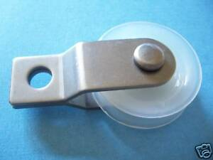 15 1 3 4 Nylon Pulleys With Stainless Steel Bracket
