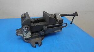 Palmgren Vise W Rotating Base Av 24 1 Some Wear Missing One Clamp Jaw Usa