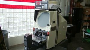 Gage Master 29 Optical Comparator With 10x Lens And Qc 2 Dro Refurbished