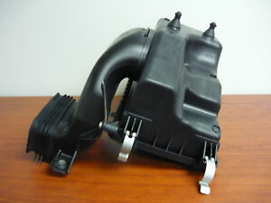 Ford Oem Air Cleaner Box bottom Lower Housing Body Aa5z9a600b