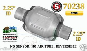 70238 Eastern Universal Catalytic Converter Standard 2 25 2 1 4 Pipe 6 Body