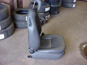 99 Saab 9 3 Front Seat Rh Passenger Convertible Leather Manual 16874