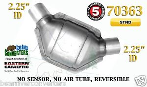 70363 Eastern Universal Catalytic Converter Standard 2 25 2 1 4 Pipe 8 Body