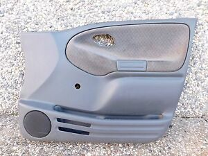 00 2000 Chevrolet Tracker Right Front Door Panel Gray Manual Cloth Oem R Top 3