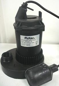 Flotec 1 3 Hp Submersible Sump Pump Fp0s2400a Float 3150 Gph Damaged As is