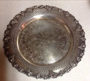 Majestic Old English Reprodaction Sp Copper B M Mts Silver Plate Tray