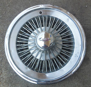 15 1966 67 Oldsmobile Wire Type Hubcap Wheel Cover