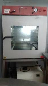 Vaccum Oven With Chamber Thermo Refrigerated Vapor Trap Leybold D2a Trivac