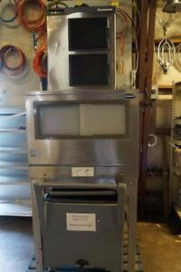Scotsman Prodigy 1570 Lb Per Day Flaker Ice Machine W follett 500 Lb Bin Cart