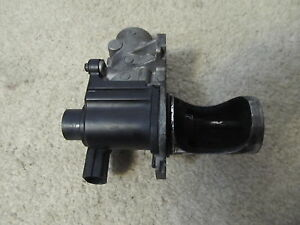04 05 Vw Beetle Jetta Golf 1 9 Tdi Throttle Body Egr Valve 038131501ad