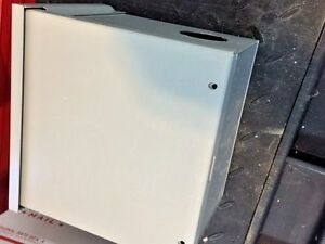 Hoffman A8r86nk 3r Enclosure With Knockout Outdoor 8hx8wx6d Gray nos